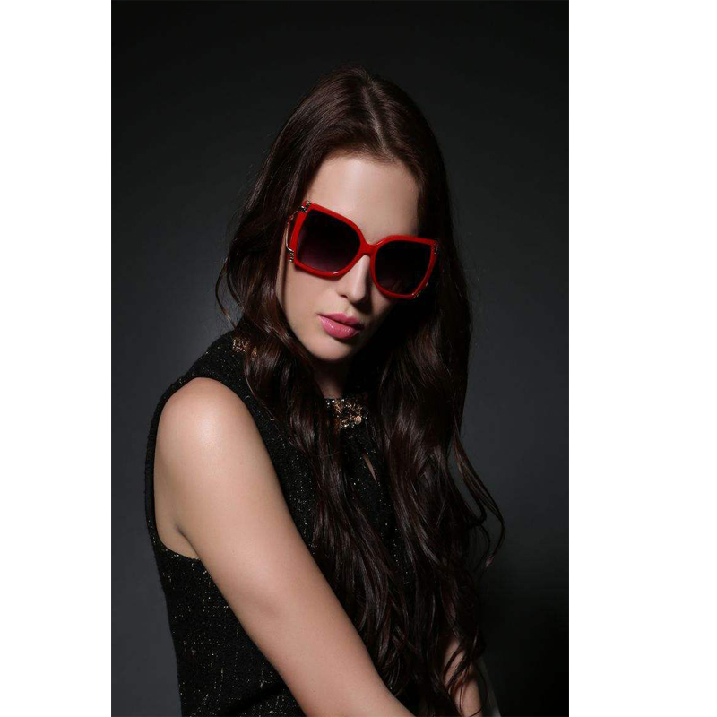 Women plastic Sunglasses, UV 400 Protection Lens, OEM Orders are Welcome