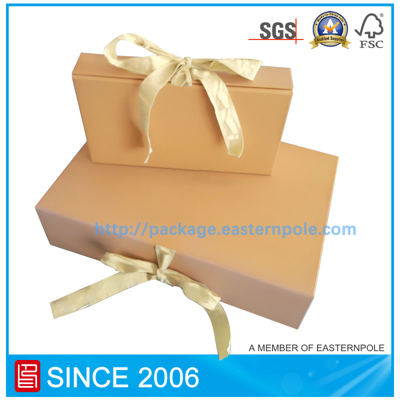 Customized collapsible box with ribbon