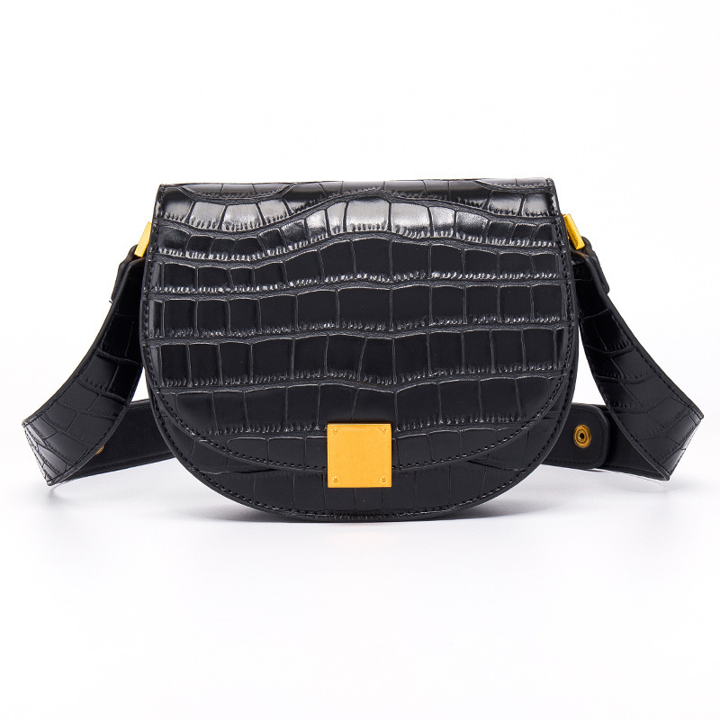 Women's 2019 New Single Shoulder Women's Bags Cross-border Special for Semi-circular Oblique Crossing Bag Trend Retro Saddle Bag Women Wholesale