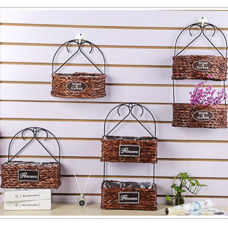 Seagrass Decorativee Iron Basket