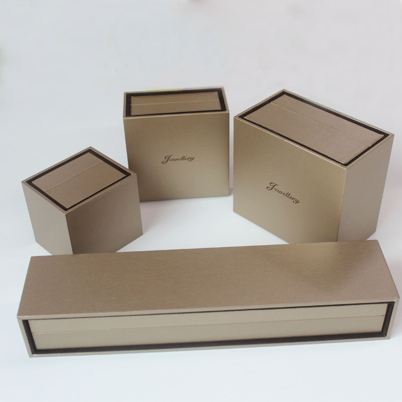 High Quality with Flannelette  Box Jewelry Gift Packaging Box