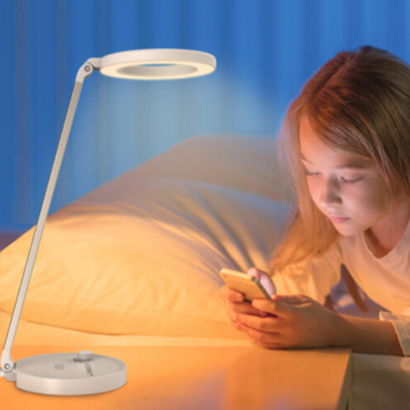 How to choose led desk lamp for your children?