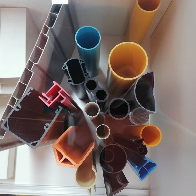 What is the difference between PE plastic pipe and PE pipe?