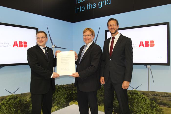 certificate-handover_abb_dnv-700.jpg